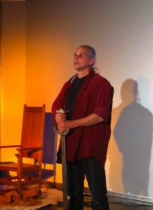 Ekkehart Voigt führt unsere Schülerinnen und Schüler in eine mystische Zeit.