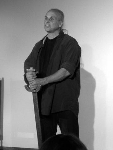Ekkehard Voigt in seiner Rolle als kühner Held.