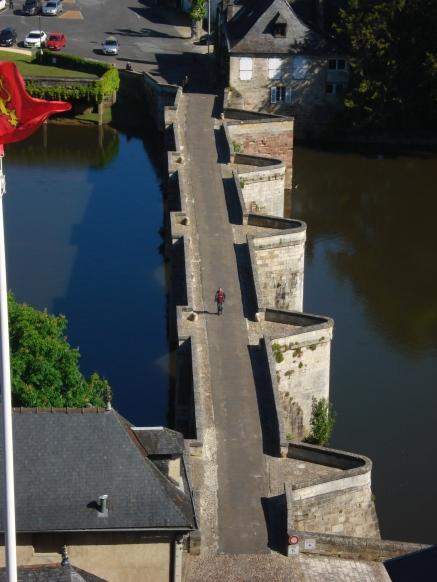 Le vieux pont à Terrasson