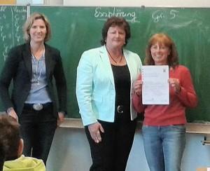 Frau Stork, Schulleiterin Frau Karin Petersen, Frau Haberlandt